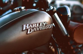 Comment Changer les Clignotants de son Harley Davidson ?